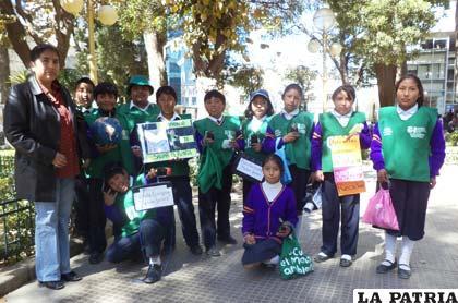 Niños ecologistas salieron a las calles para motivar conciencia ciudadana