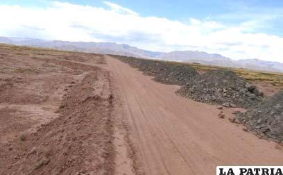 Trabajos que se ejecutan en el tramo El Choro-Poopó