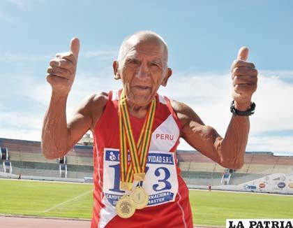Humberto Palomino, en 85 años, ganó dos medallas doradas