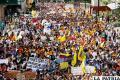 Universitarios venezolanos en marcha de protesta