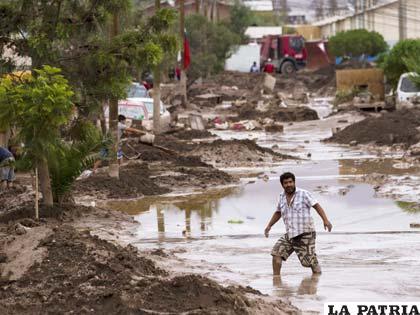 Destrucción de viviendas y pérdidas materiales deja inundaciones en Chile