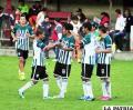 El festejo de los jugadores de Bermejo que vencieron en La Paz