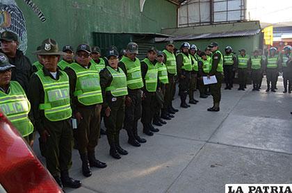 La Policía Boliviana tiene cerca de 38 mil funcionarios en todo el país /Archivo