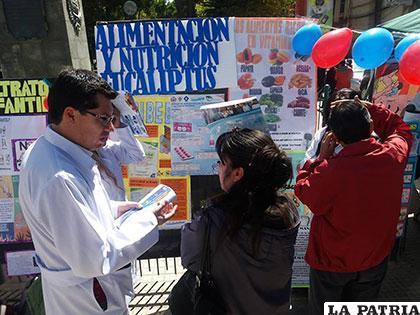 Durante la feria de nutrición en conmemoración al Día del Niño
