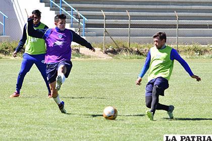 Marcelo Gomes (derecha) será el