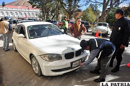 Vehículos que circulen por la ciudad deben tener radicatoria en Oruro /Archivo