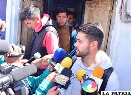 Carlos Emanuel Franco, uno de los pocos futbolistas que habló con la prensa deportiva