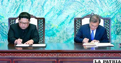 Las dos Coreas celebran una histórica cumbre con compromiso de conseguir la paz /Diario Alerta