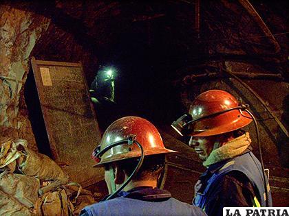 Toda la producción de minerales y metales de Oruro, debe contribuir con regalías al desarrollo de la región