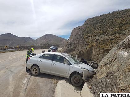 El personal de la División Accidentes durante el trabajo investigativo /LA PATRIA
