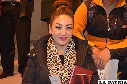 Carolina Revilla asume su nuevo cargo en el Municipio/LA PATRIA