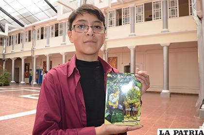 Lucas Téllez es el niño escritor orureño/LA PATRIA