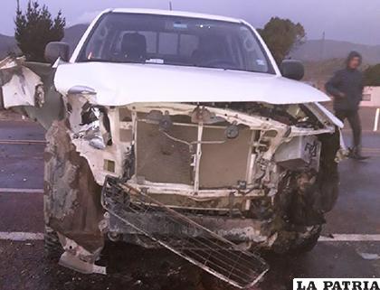 Los daños en el vehículo son de consideración / LA PATRIA