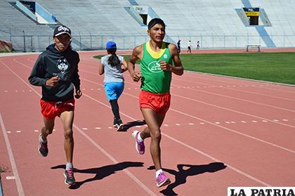 Héctor Garibay y Mario Flores, durante su entrenamiento/ ARCHIVO LA PATRIA