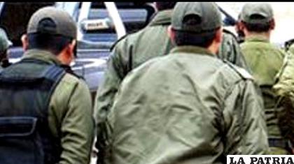 Policías de base expresan su molestia, por los cambios de destino a efectivos con más de cuatro años en una dirección / ANF