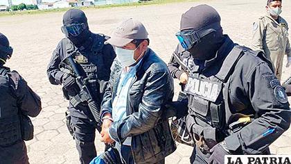 El dirigente cocalero Faustino Yucra al momento de su aprehensión /ABI