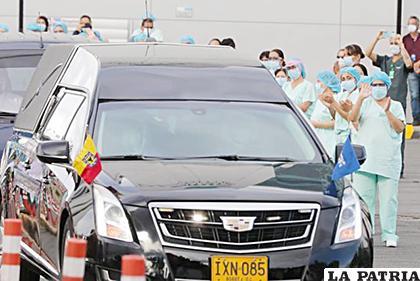 Médicos de la clínica, despiden al primer médico fallecido por Covid-19 /HÉCTOR ZAMORA