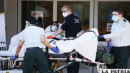 Estados Unidos superó a Italia con 19.701 fallecidos por el Covid-19 /AFP