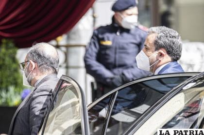 El viceministro político de Relaciones Exteriores de Irán, Abbas Araghchi, en la capital austriaca, donde se realizan conversaciones a puertas cerradas /AP Foto/Florian Schroetter