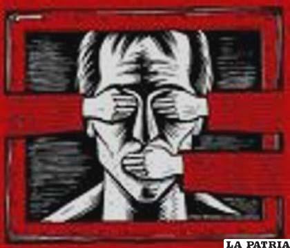 Sólo los gobiernos totalitarios anulan la libertad de expresión