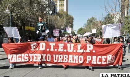 Trabajadores protestan por su precaria situación