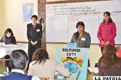 """Jóvenes líderes participan en el """"Bolmunor"""""""