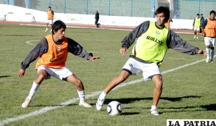 Luíz Carlos Vieira, al término de la práctica de ayer, dijo que no será la primera vez que jugará como delantero