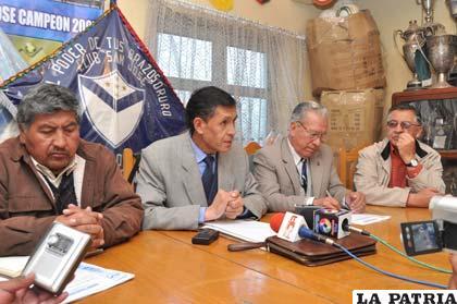Integrantes del Comité Electoral del club San José