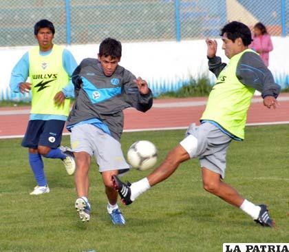Gomes jugará en la ofensiva de San José