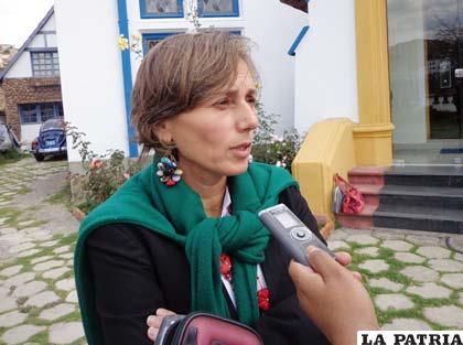 Silvina Schuchner, periodista del Clarín de Argentina