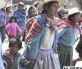 La madre boliviana es sinónimo de fortaleza y coraje a la vez que ternura y amor