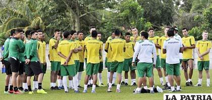 El combinado boliviano entrena en Mendoza (Argentina)
