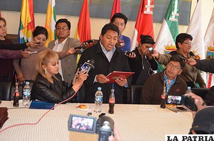 Asamblea Departamental reconoció trabajo de los periodistas orureños