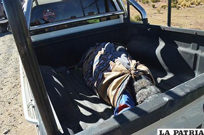 El fallecido fue trasladado por personal policial a la morgue