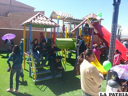 Niños disfrutaron del primer día de la apertura del parque /GAMO