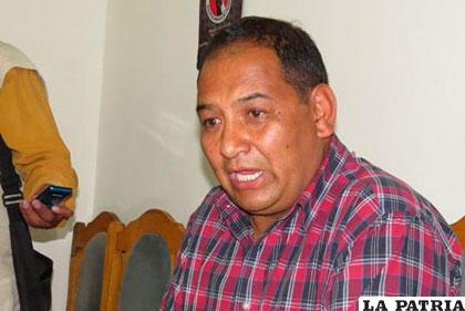 Edwin Zeballos, presidente del club San José