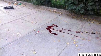 El cuchillo en el piso, fue el arma contundente