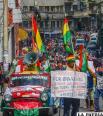 Personas con discapacidad produjeron una marcha que incluyó a muchos paceños /APG