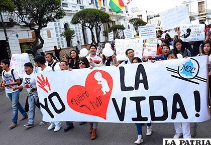 En la población también existe debate, algunos apoyan la despenalización de aborto y otros luchan por la vida /ANF
