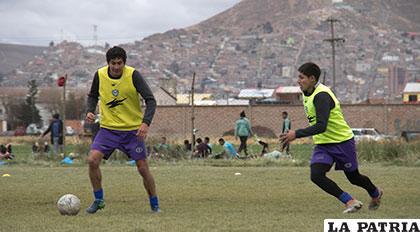 Jiménez y Parrado durante el entrenamiento de los