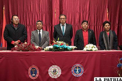 Autoridades de la Facultad de Medicina inauguran el congreso