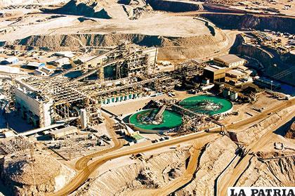 En países vecinos la minería moderna se desarrolla activamente