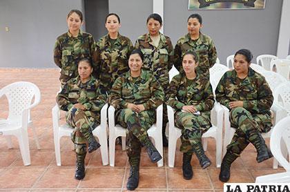 Las mujeres formaron un gran grupo