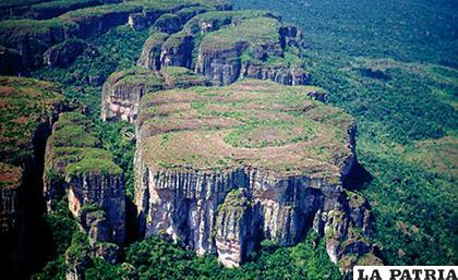 El Parque Natural de la Serranía de Chiribiquete, está ubicado entre los departamentos de Guaviare y Caquetá /azure.com