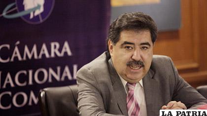 Marco Salinas, presidente de la Cámara Nacional de Comercio /10 minutos