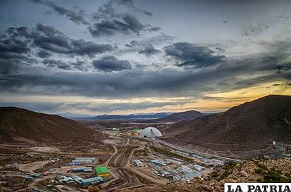 En la minera San Cristóbal se desarrollan actividades con tecnología moderna