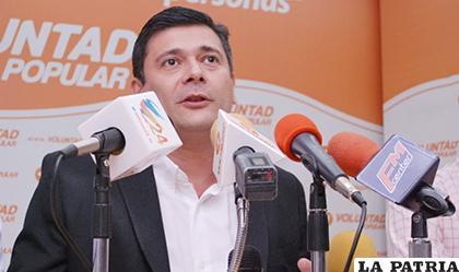Freddy Superlano, es uno de los legisladores damnificados /SUNOTICIERO