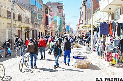 Menos aglomeraciones que en semanas anteriores se registraron ayer /CARLA HERRERA /LA PATRIA