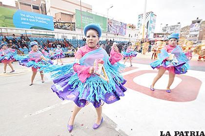 Carnaval de Oruro podría ser tendencia en Tik Tok  /LA PATRIA /archivo