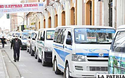 Transportistas quieren volver a trabajar desde el lunes /LA PATRIA